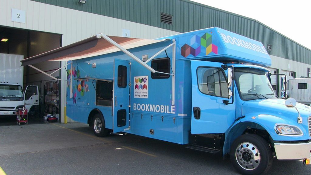 Bookmobile exterior with canopy extended
