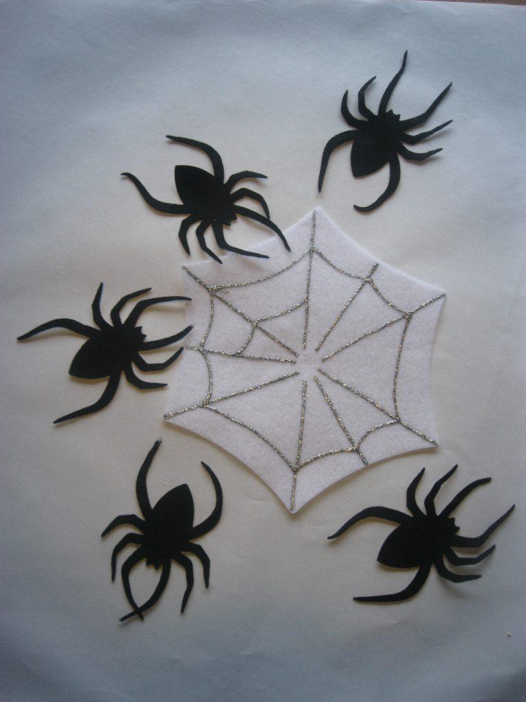 Five Fat Spiders Felt Story
